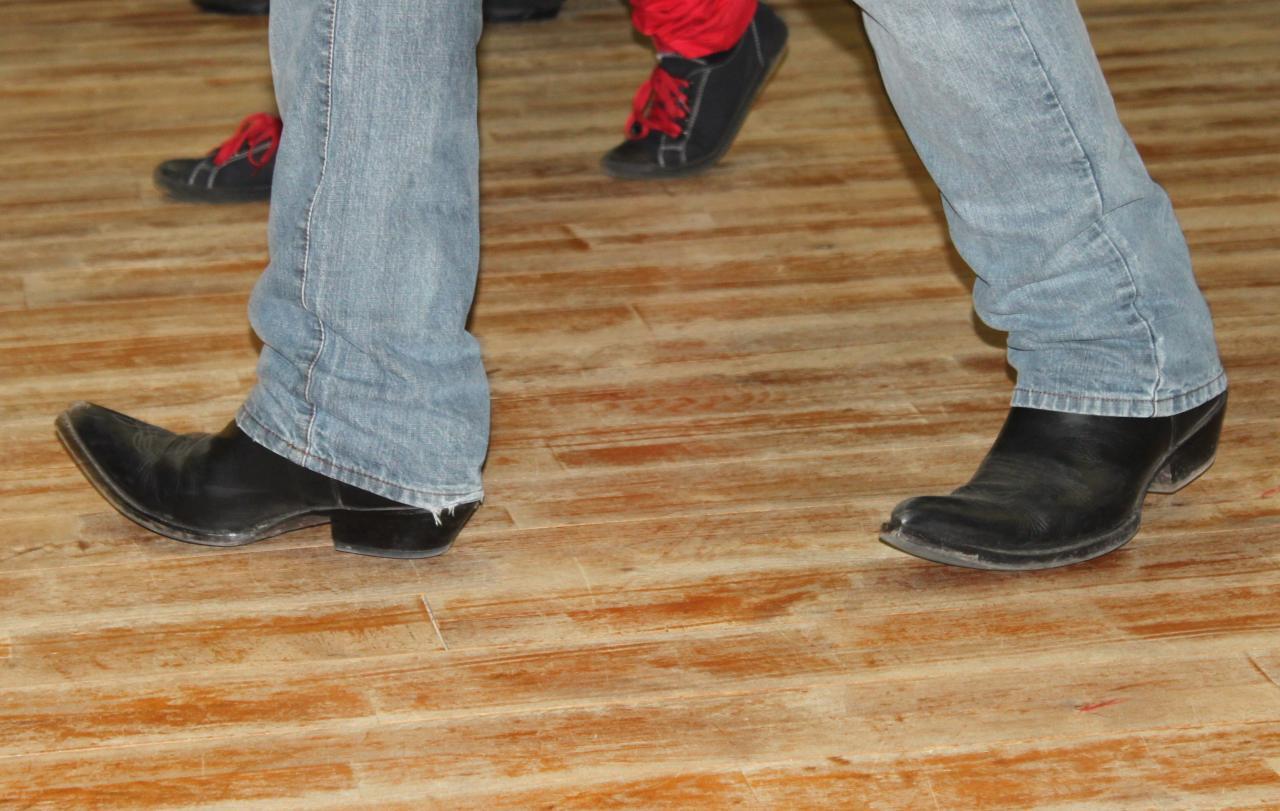 Et ces pieds à qui sont ils?